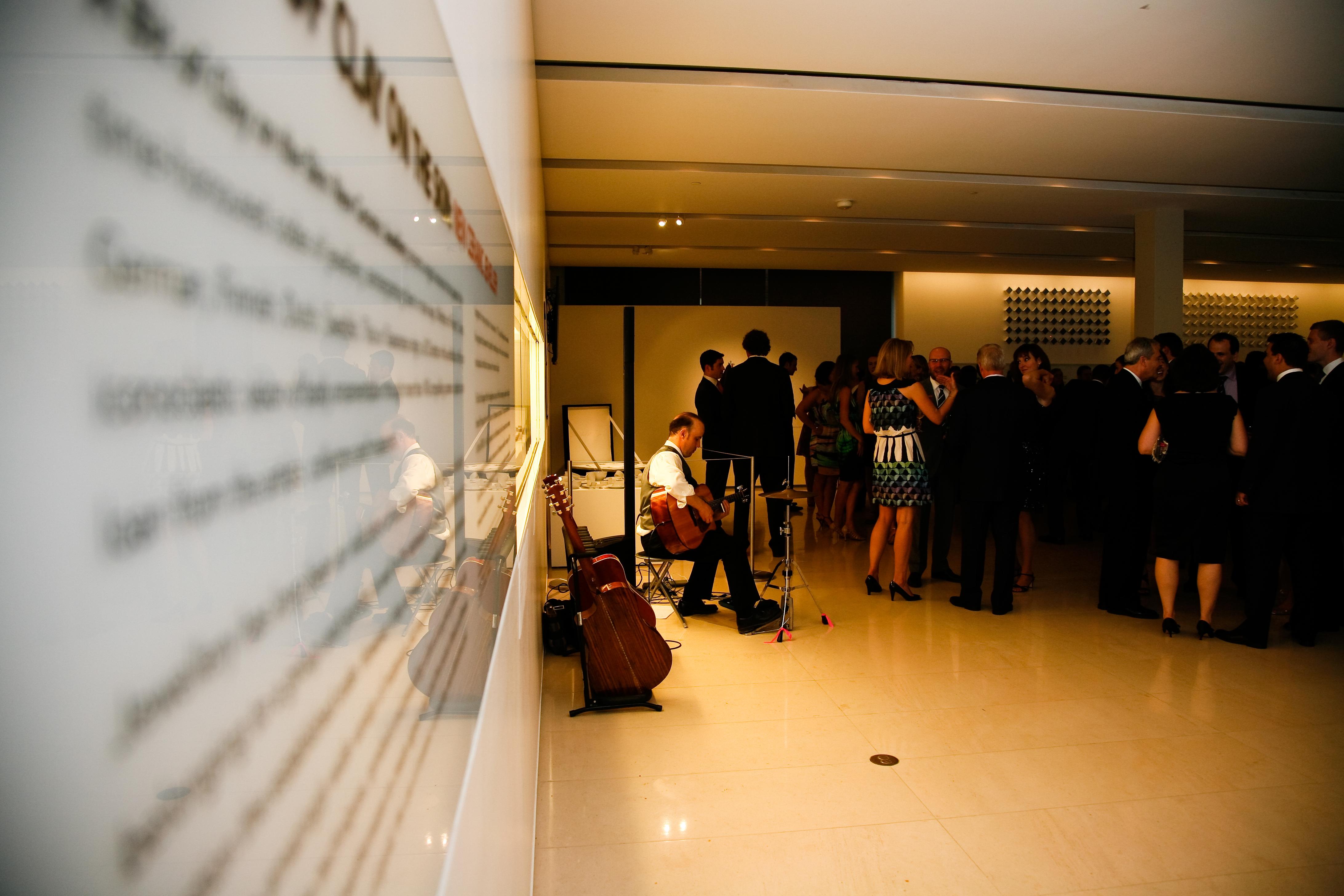 wedding guitarist toronto ottawa niagara new york city naples ceremony guitar